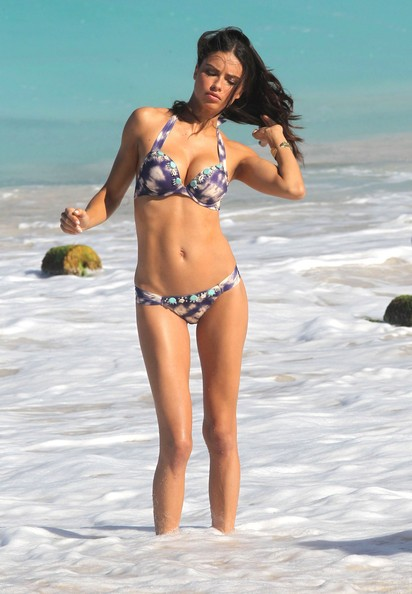 These Are The 20 Best Toned Bodies Of Showbiz