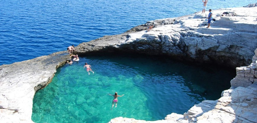 Giola is among the best natural swimming pools in the - The coolest swimming pool in the world ...