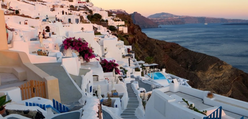 Honeymoon Destinations In Greece: Greek Islands Dominate The List Of The Best Honeymoon