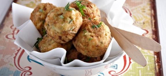 Zucchini and Feta cheese balls | protothemanews.com