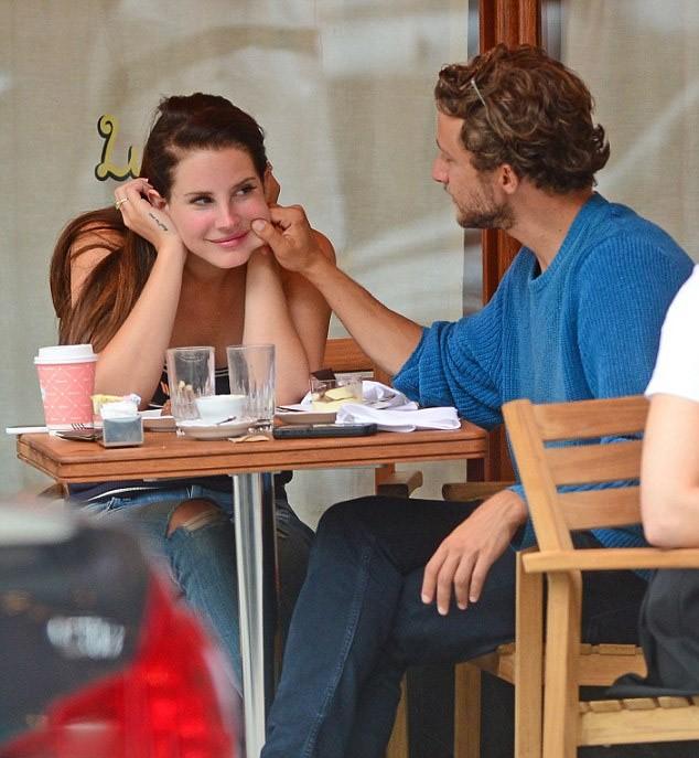 Lana Del Rey's latte serial lover returns to the scene of ...