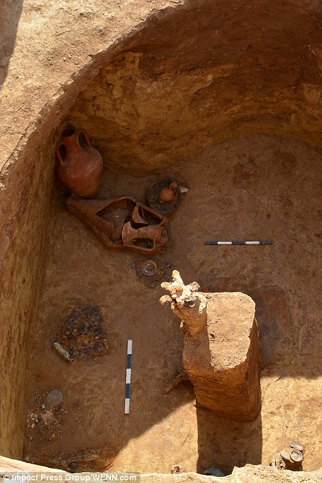 1413237982798_Image_galleryImage_Archaeologists_uncover_a_