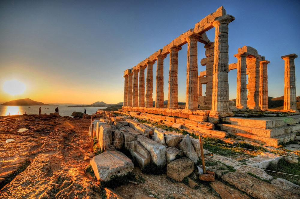 Athens becomes the Mecca of travel bloggers  Welcome Travel