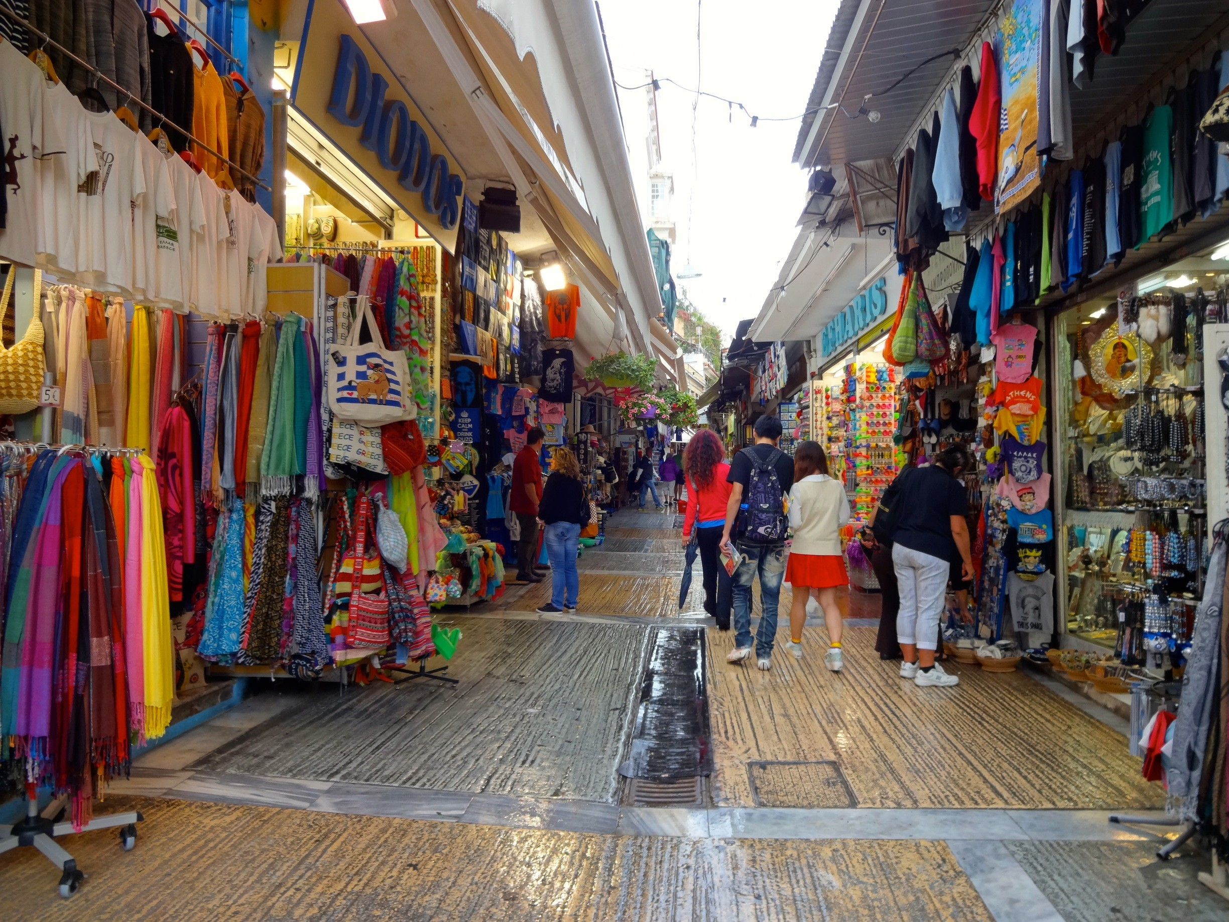 The best places in Athens for shopping addicts ...