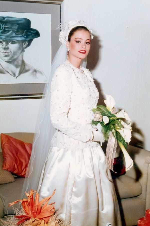 See Sophia Vergara As A Stunning Teen Bride Photos