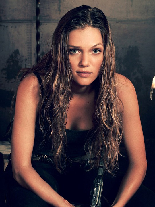 tracy spiridakos net worth