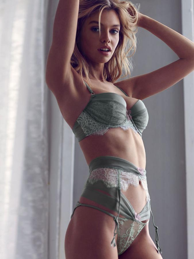 Stella Maxwell Miley Cyrus Secret Angel Protothemanews Com