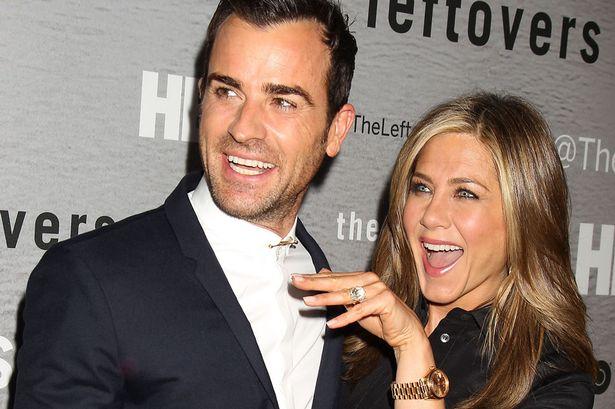 Aniston-Theroux ditch big, fat Greek wedding for secret