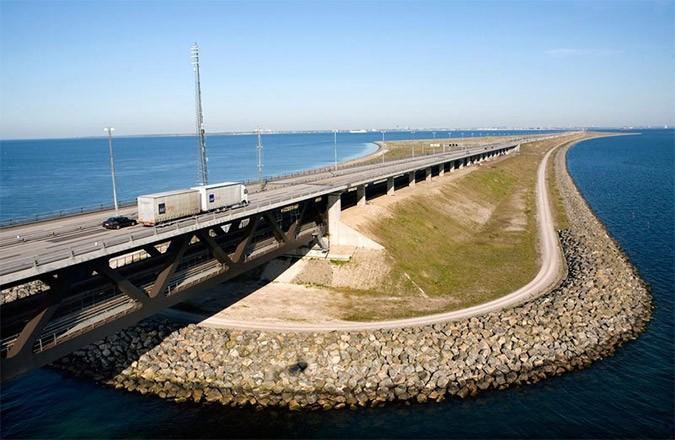 bridge10-den