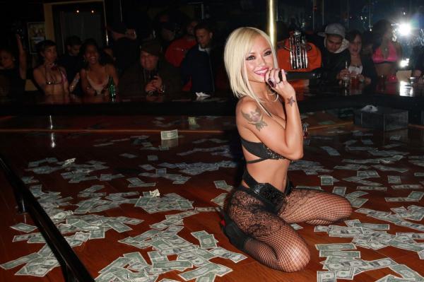 stripper1