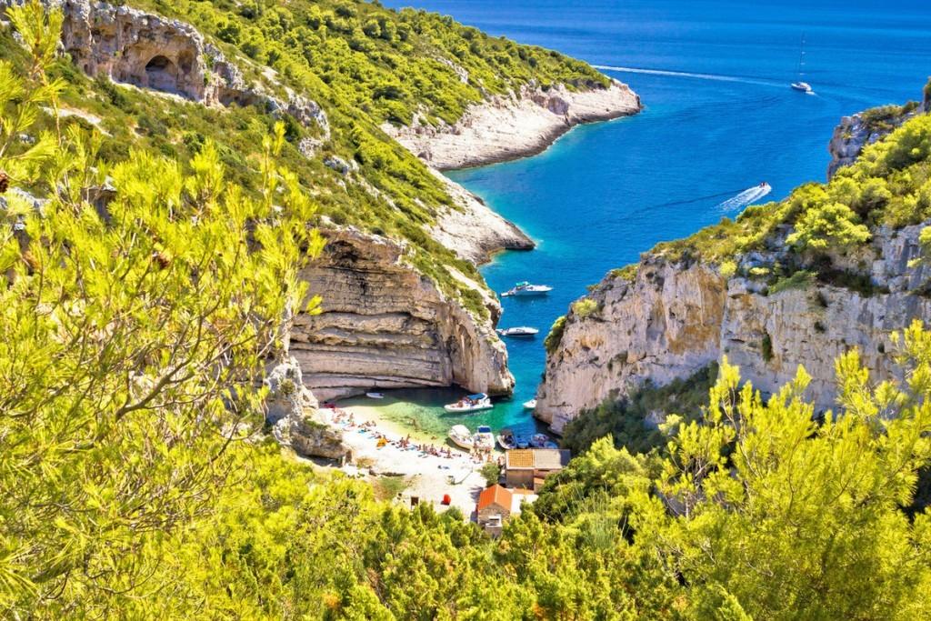 stiniva-beach-vis-island-best-beaches-in-europe-copyright-xbrchx-european-best-destinations