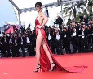 CANNES, FRANCE - MAY 18: US top model Bella Hadid arrives for the screening of the film 'La Fille Inconnue (The Unknown Girl)' during the 69th annual Cannes Film Festival in Cannes on May 18, 2016. Mustafa Yalcin / Anadolu Agency