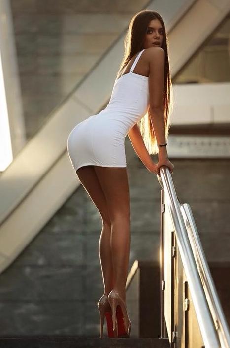 Long legs pics