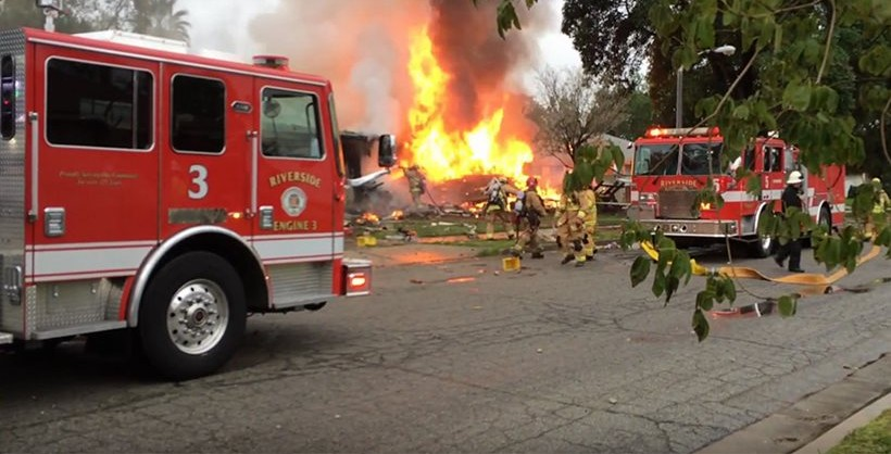 4 Dead In California Plane Crash Videos Protothemanews Com