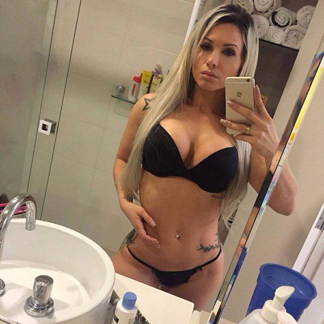 ever popular best shoes sale uk Lingerie and Selfies: A new trend? (SEXY PHOTOS ...