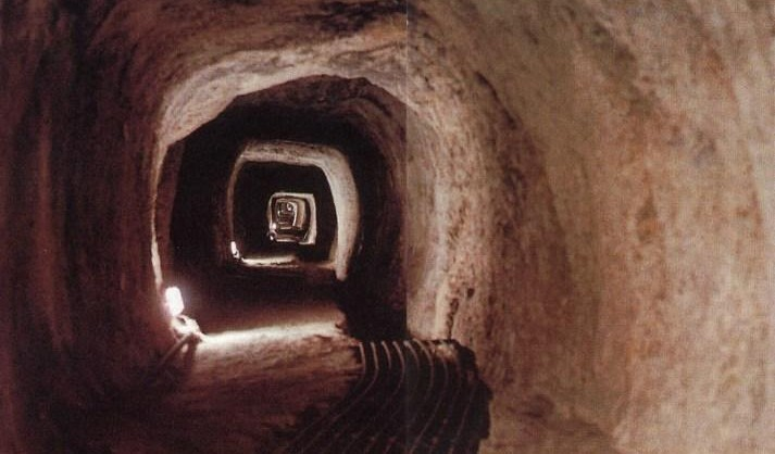 eupalinos_tunnel