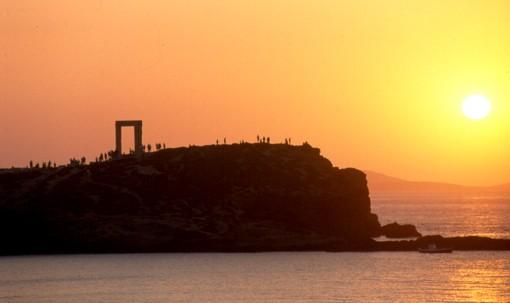 Portara_monument