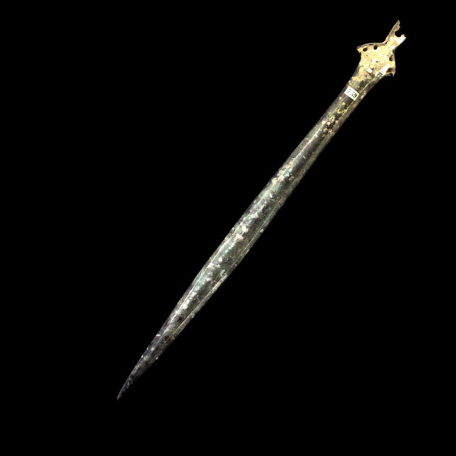 how to make a bronze age sword
