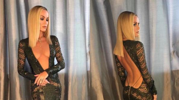 girls stripping Classy dresses