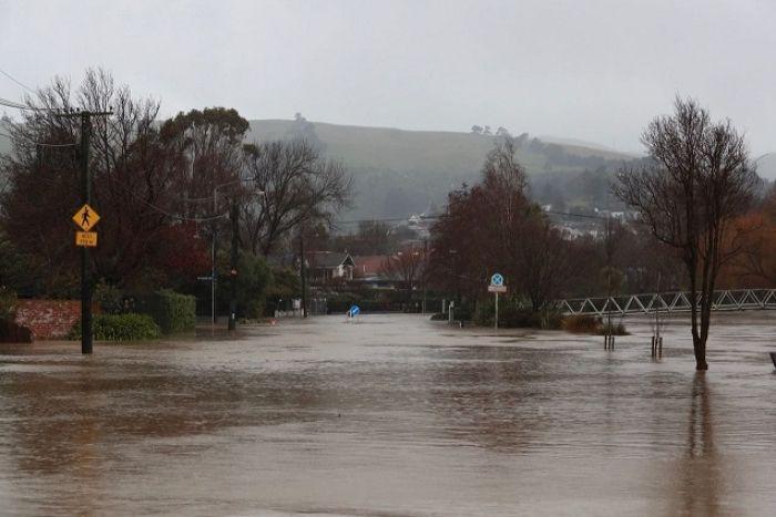 μακελαρησ νεα ζηλανδια Twitter: Christchurch Declares State Of Emergency Due To Floods