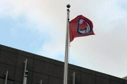 antifa-flag235-759x420