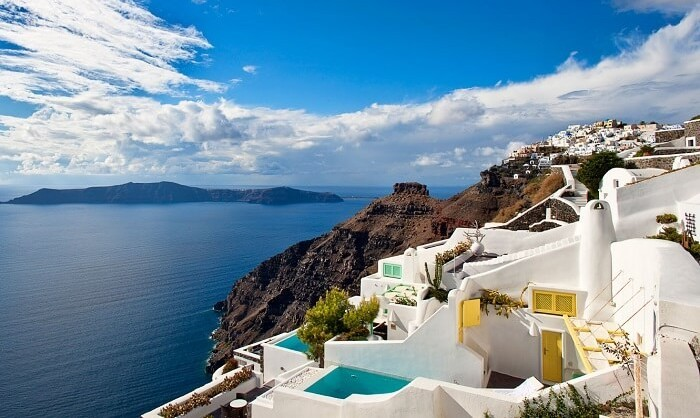 Must-see places in Greece: Santorini | protothemanews.com