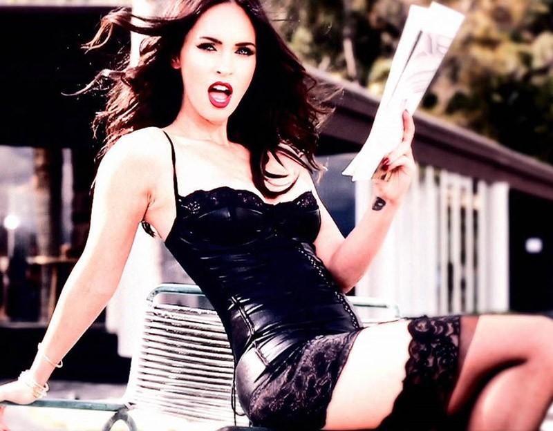 Megan Foxs hot selfie that made Instagram gasp! (10+1
