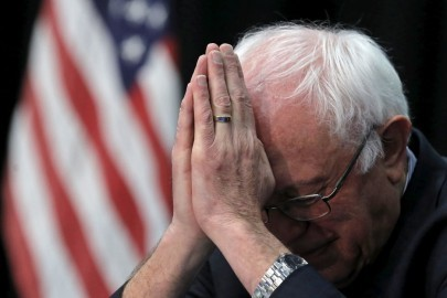 U.S. Democratic presidential candidate Bernie Sanders attends the Faith Leaders Prayer Breakfast in Columbia, South Carolina, United States, February 16, 2016.   REUTERS/Jim Young     TPX IMAGES OF THE DAY      - RTX277LC