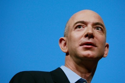NEW YORK - FEBRUARY 09:  Amazon.com founder and CEO Jeffrey P. Bezos speaks at an event unveiling the new Amazon Kindle 2.0 at the Morgan Library & Museum February 9, 2009 in New York City. The updated electronic reading device is slimmer with new syncing technology and longer battery life and will begin shipping February 24th.  (Photo by Mario Tama/Getty Images)