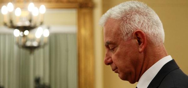 Ο υπηρεσιακός Πρωθυπουργός, πρόεδρος του ΣτΕ, Παναγιώτης Πικραμμένος κατά την διάρκεια της ορκομωσίας του στο Προεδρικό Μέγαρο, Τετάρτη 16 Μαΐου 2012.ΑΠΕ-ΜΠΕ/ΑΛΕΞΑΝΔΡΟΣ ΒΛΑΧΟΣ ΑΠΕ-ΜΠΕ/ΑΠΕ-ΜΠΕ/ΑΛΕΞΑΝΔΡΟΣ ΒΛΑΧΟΣ