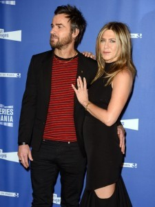 FRANCE, Paris: American actor Justin Theroux and wife Jennifer Aniston pose on the red carpet at the opening of the Series Mania Festival in Paris on April 13, 2017. - marjorie barbet