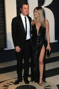 epa05818164 Justin Theroux and Jennifer Aniston arrive for the 2017 Vanity Fair Oscar Party following the 89th annual Academy Awards ceremony in Beverly Hills, California, USA, 26 February 2017. The Oscars are presented for outstanding individual or collective efforts in 24 categories in filmmaking.  EPA/NINA PROMMER