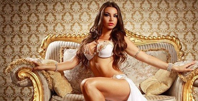 Russian belly dancer arrested for wearing no underwear! (photos-video)