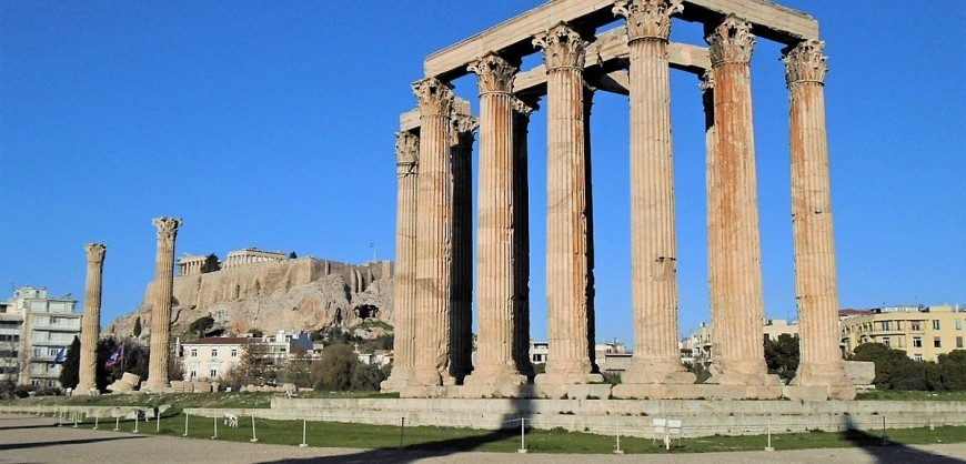 1200px-Temple_of_Olympian_Zeus_(Dec._2016)