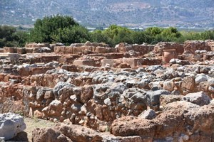 Archaeological-site-Minoan-Palace-of-Malia-120-e1520268350495