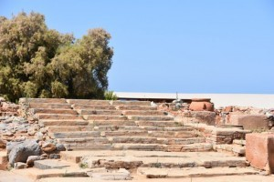 Archaeological-site-Minoan-Palace-of-Malia-121-e1520268780568