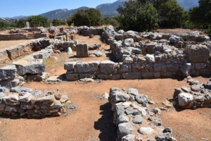 Archaeological-site-Minoan-Palace-of-Malia-122-e1520268682244