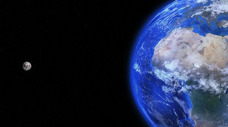 Moon-Earth