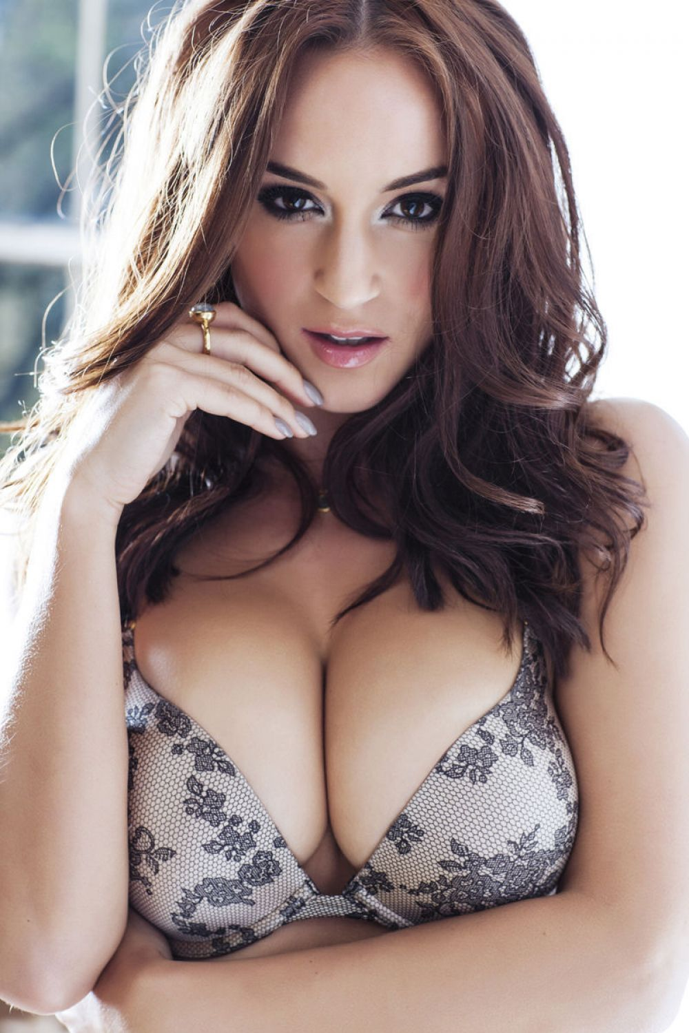 Rosie Jones nudes (15 photos) Sideboobs, Facebook, braless