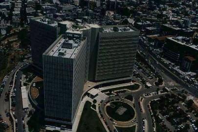 w21-110810w21-105343OTE-Building800
