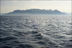 20090608_Methana_peninsula_Peloponnese_view_from_the_sea_Greece-e1525686082857
