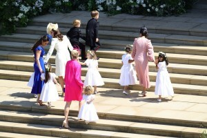 epa06749113 A handout photo made available by the British Ministry of Defence shows Catherine, Duchess of Cambridge, (2-L), bridesmaids and pageboys arriving for the royal wedding ceremony of Britain's Prince Harry and Meghan Markle at St George's Chapel in Windsor Castle, in Windsor, Britain, 19 May 2018.  EPA/OWEN COOBAN / BRITISH MINISTRY OF DEFENCE / HANDOUT MANDATORY CREDIT: CROWN COPYRIGHT HANDOUT EDITORIAL USE ONLY/NO SALES