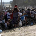 illergal-migrants-at-bored-between-greece-and-fyrom