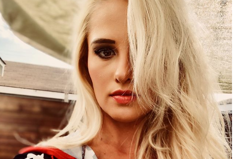 Tomi lahren sexy images