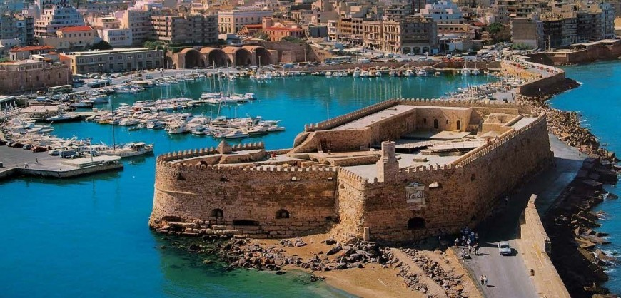 10 Greek mainland destinations: Heraklion | protothemanews.com