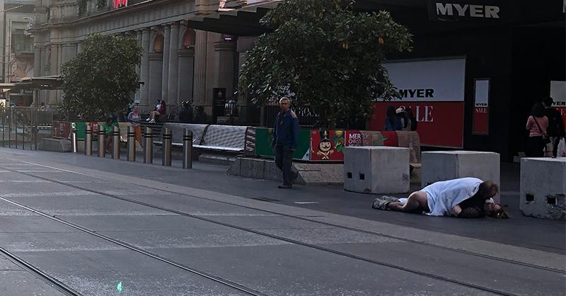 Horny couple caught having public sex in Melbourne (video