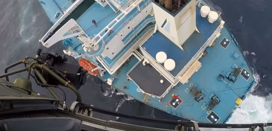 Amazing footage of Portuguese Air Force rescuing Greek captain in